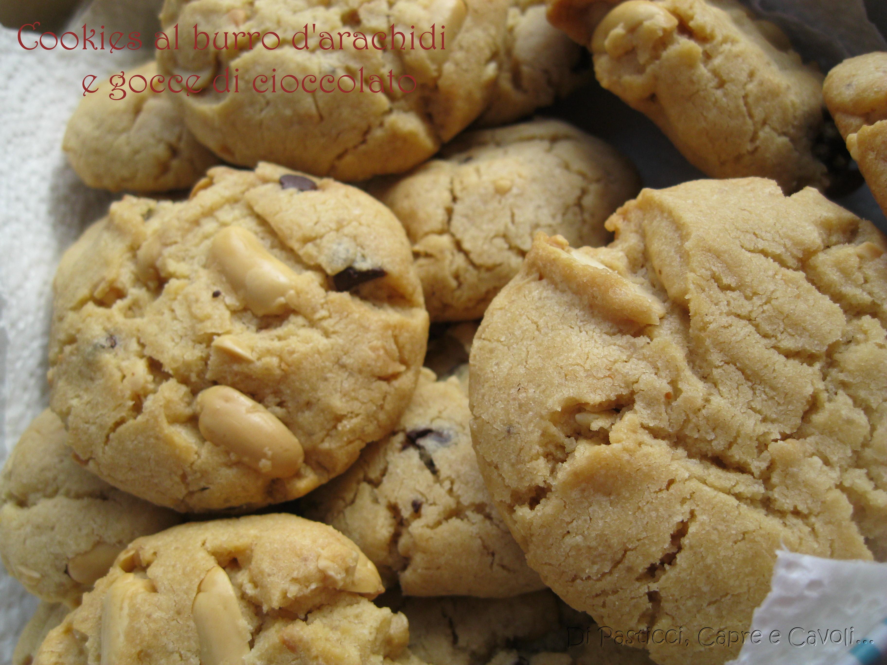 Cookies al burro d'arachidi con gocce di cioccolato