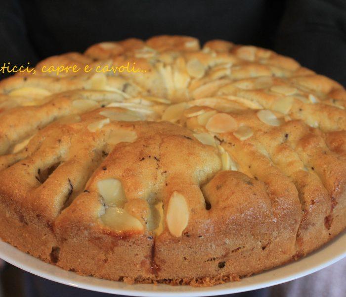 Torta di Mele con Mandorle e Scaglie di Cioccolato
