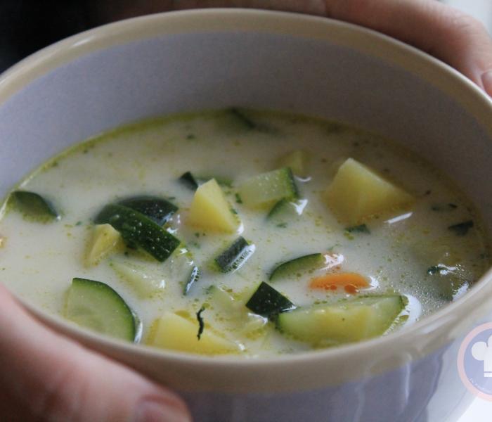 Zuppa leggera di Zucchine, Patate e Carote